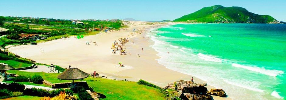 Praias de areia branca e água cristalina, natureza ideal para a prática […]