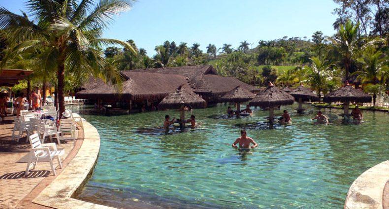 Viagem de férias: 5 lugares para curtir o calor do Brasil
