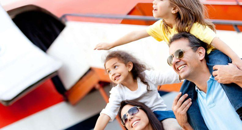 Viagem com crianças: 5 dicas para viajar de avião tranquilamente